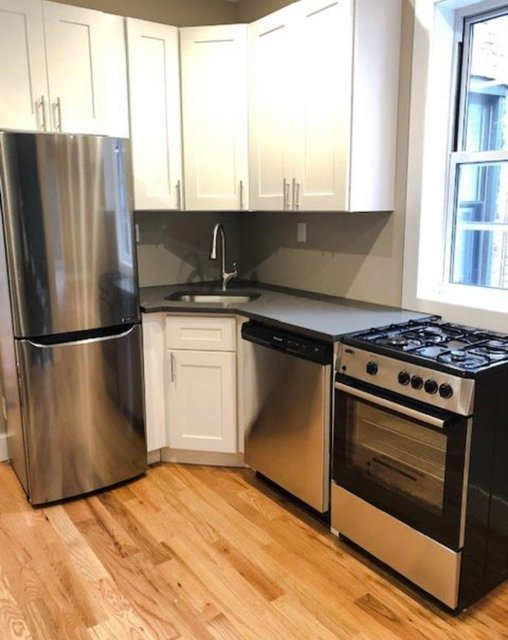 3 Bedrooms, Glendale Rental in NYC for $2,499 - Photo 1