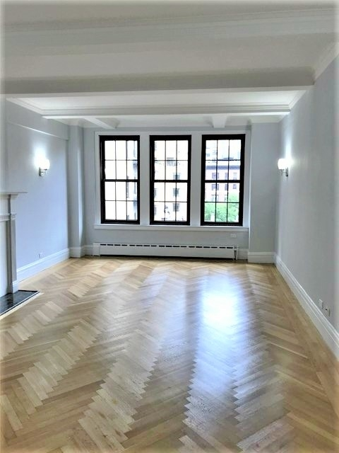 3 Bedrooms, Lincoln Square Rental in NYC for $8,590 - Photo 1