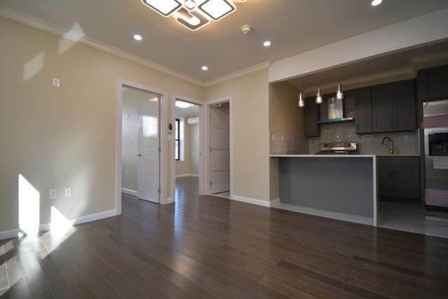 3 Bedrooms, Bensonhurst Rental in NYC for $2,595 - Photo 1
