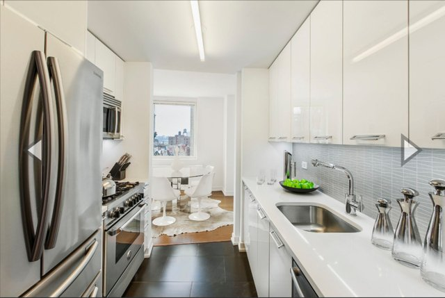 3 Bedrooms, Upper West Side Rental in NYC for $13,300 - Photo 2