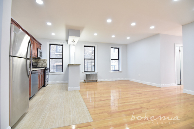 2 Bedrooms, Melrose Rental in NYC for $2,200 - Photo 2