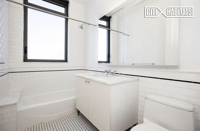 2 Bedrooms, Manhattan Valley Rental in NYC for $6,043 - Photo 2