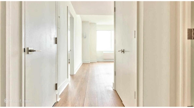 1 Bedroom, Lincoln Square Rental in NYC for $4,292 - Photo 2