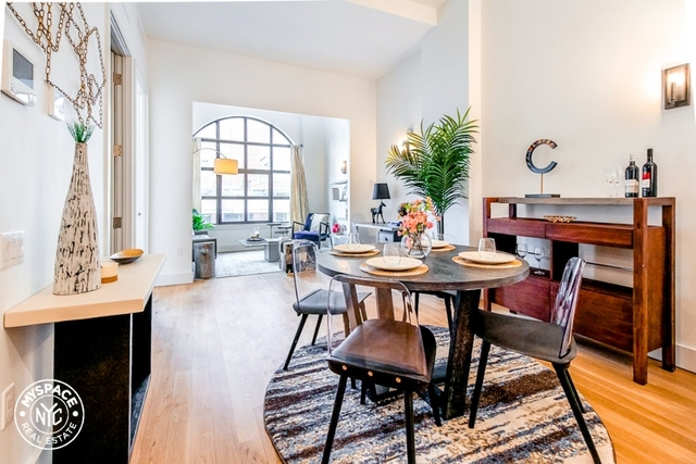 2 Bedrooms, Long Island City Rental in NYC for $4,210 - Photo 1