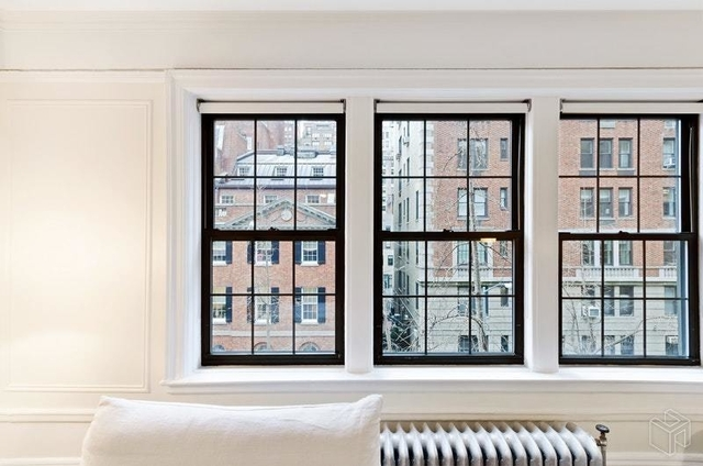 2 Bedrooms, Upper East Side Rental in NYC for $7,355 - Photo 2