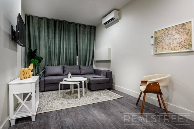 1 Bedroom, Cobble Hill Rental in NYC for $2,800 - Photo 2