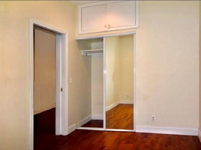 2 Bedrooms, Midtown East Rental in NYC for $3,500 - Photo 2
