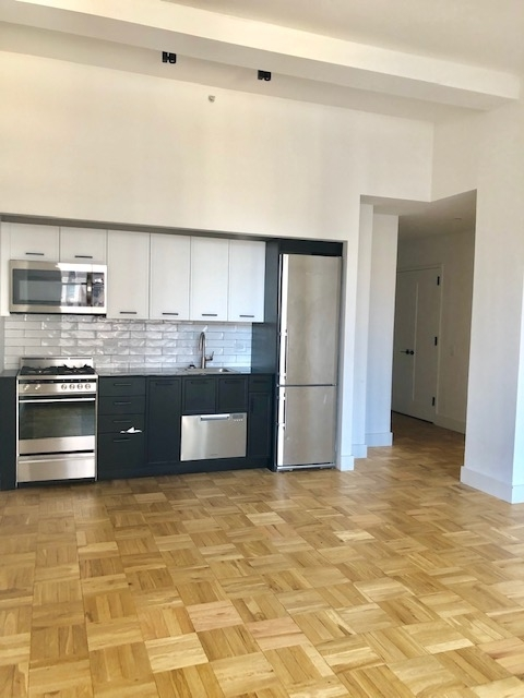 Studio, Financial District Rental in NYC for $3,222 - Photo 2
