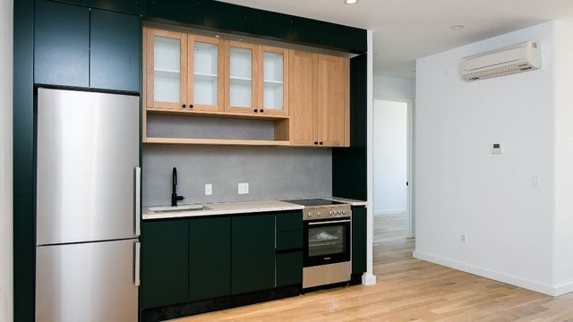 3 Bedrooms, Greenpoint Rental in NYC for $4,575 - Photo 1