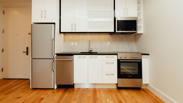 2 Bedrooms, Crown Heights Rental in NYC for $2,694 - Photo 1
