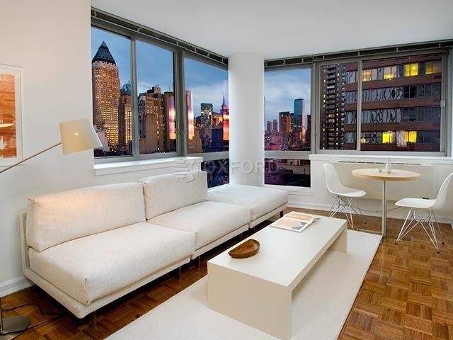 2 Bedrooms, Hell's Kitchen Rental in NYC for $5,815 - Photo 1