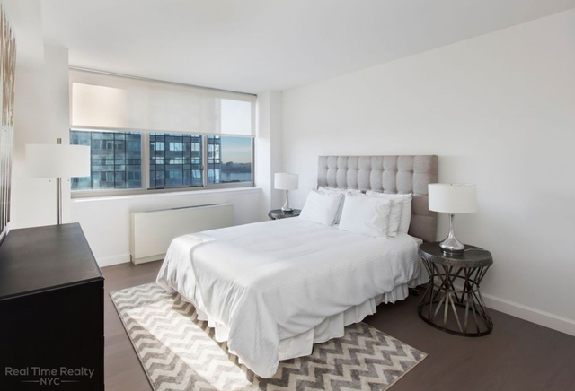 3 Bedrooms, Hell's Kitchen Rental in NYC for $5,723 - Photo 2