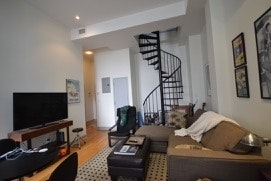 2 Bedrooms, East Williamsburg Rental in NYC for $3,575 - Photo 2