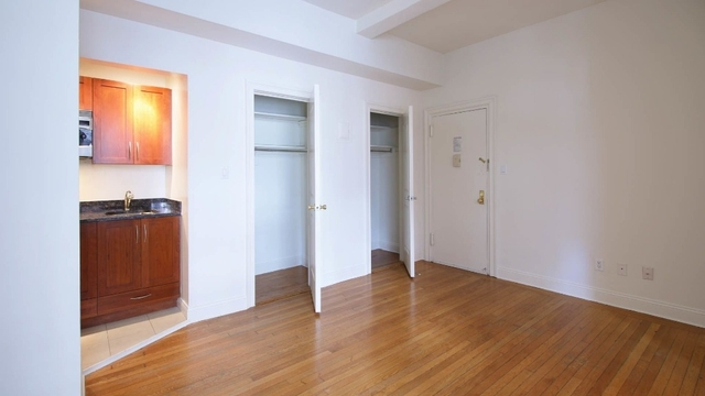 Studio, Lincoln Square Rental in NYC for $2,883 - Photo 2