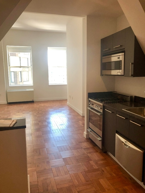 1 Bedroom, Financial District Rental in NYC for $3,730 - Photo 2