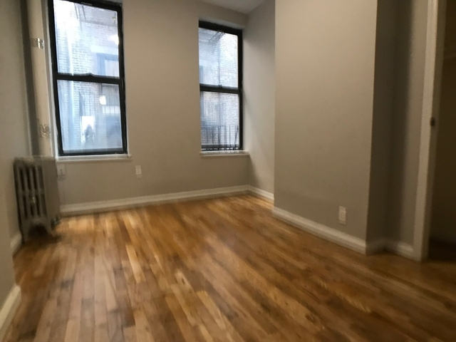 3 Bedrooms, East Village Rental in NYC for $4,000 - Photo 2