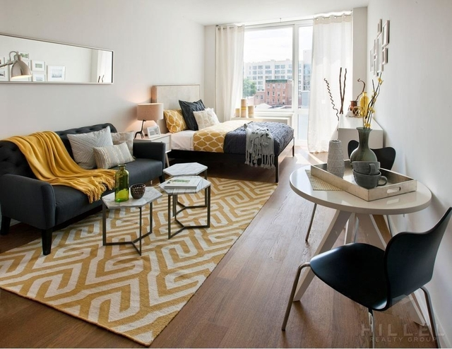 Studio, Hunters Point Rental in NYC for $3,285 - Photo 2