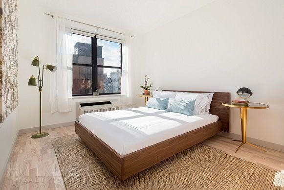 2 Bedrooms, Greenpoint Rental in NYC for $4,350 - Photo 1