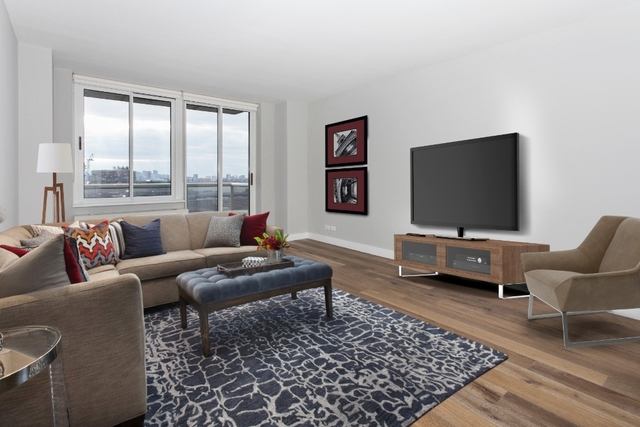 1 Bedroom, Hell's Kitchen Rental in NYC for $3,679 - Photo 2
