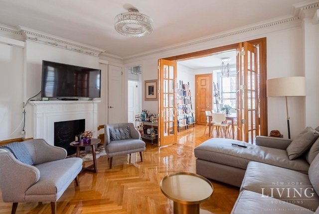 3 Bedrooms, Upper West Side Rental in NYC for $6,995 - Photo 1