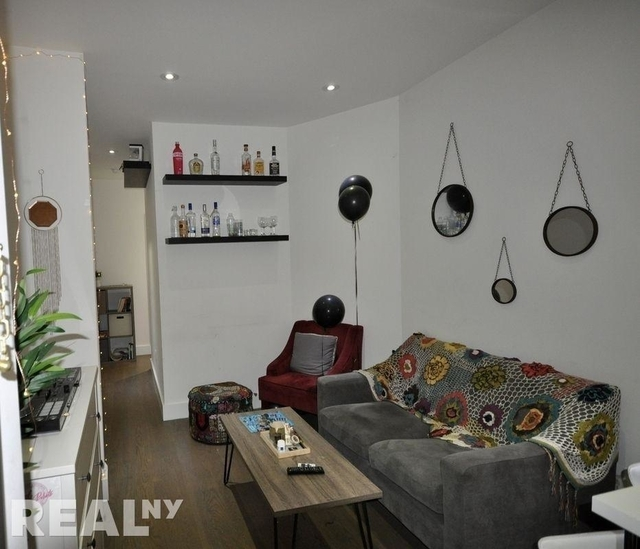 3 Bedrooms, Lower East Side Rental in NYC for $4,308 - Photo 2