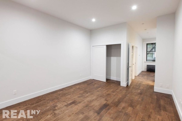 3 Bedrooms, East Village Rental in NYC for $6,600 - Photo 2
