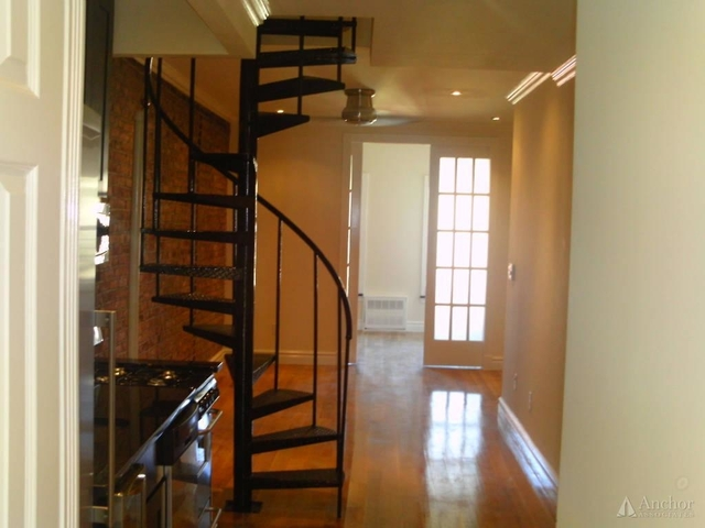 2 Bedrooms, East Village Rental in NYC for $4,670 - Photo 1