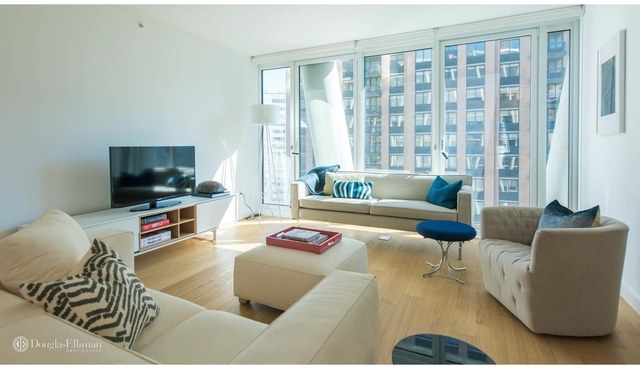 3 Bedrooms, Lincoln Square Rental in NYC for $13,495 - Photo 1