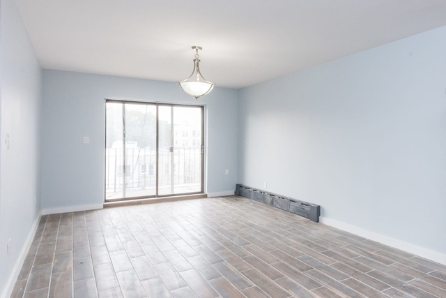 2 Bedrooms, Astoria Rental in NYC for $2,499 - Photo 2