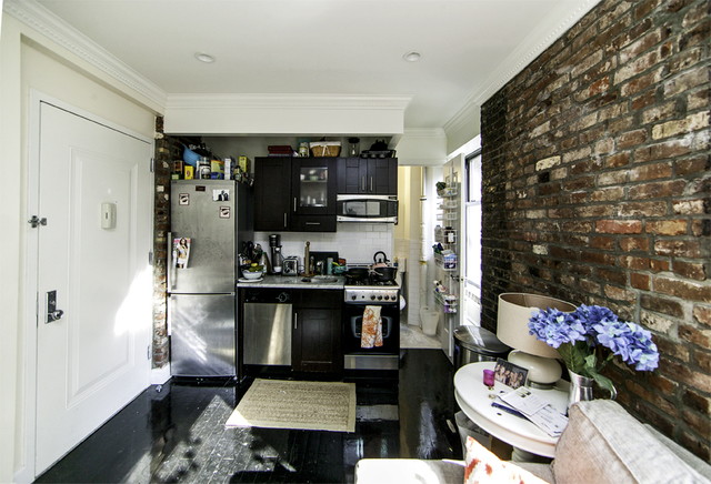 3 Bedrooms, Gramercy Park Rental in NYC for $5,408 - Photo 1