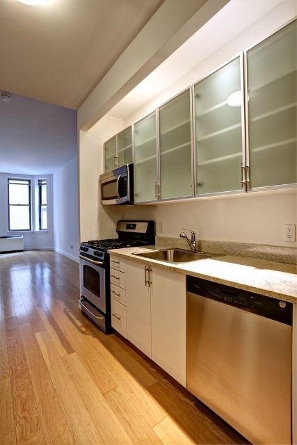 Studio, Financial District Rental in NYC for $2,885 - Photo 1