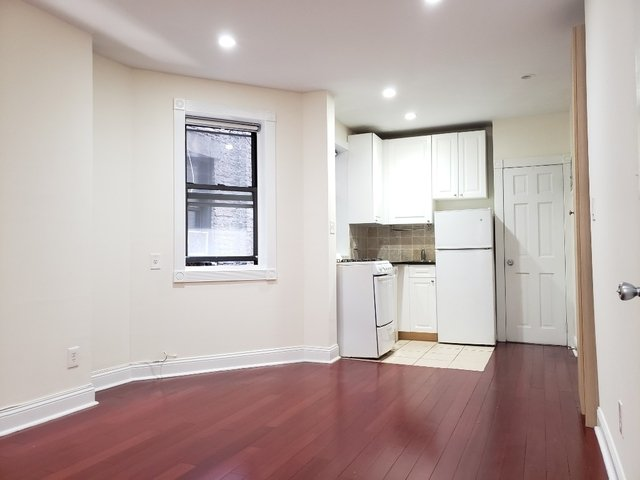 1 Bedroom, Rose Hill Rental in NYC for $2,600 - Photo 2