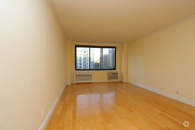 Studio, Manhattan Valley Rental in NYC for $2,600 - Photo 2
