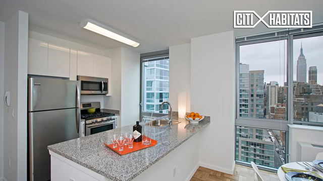 1 Bedroom, Hell's Kitchen Rental in NYC for $4,290 - Photo 1