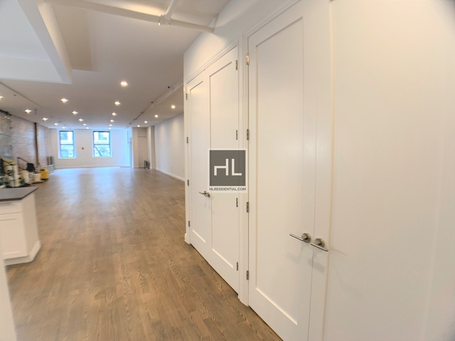 2 Bedrooms, Greenwich Village Rental in NYC for $11,000 - Photo 2