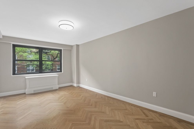 1 Bedroom, Yorkville Rental in NYC for $3,896 - Photo 2