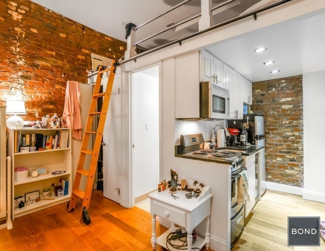 1 Bedroom, Little Italy Rental in NYC for $2,100 - Photo 1