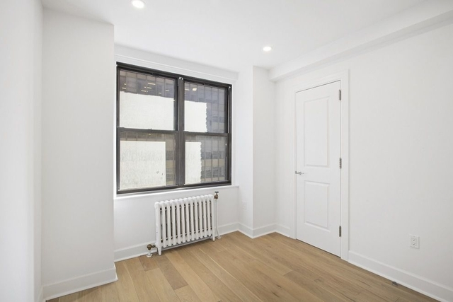 1 Bedroom, Turtle Bay Rental in NYC for $3,667 - Photo 2