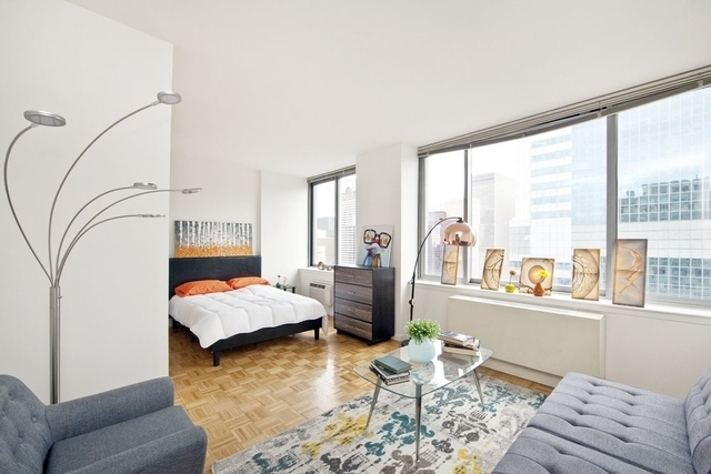Studio, Theater District Rental in NYC for $3,254 - Photo 1
