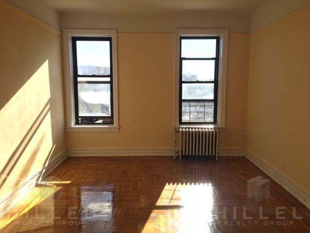 2 Bedrooms, Astoria Rental in NYC for $3,200 - Photo 2