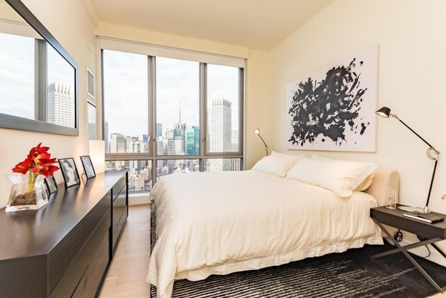 2 Bedrooms, Two Bridges Rental in NYC for $8,303 - Photo 2