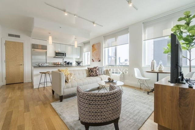 1 Bedroom, Hell's Kitchen Rental in NYC for $4,120 - Photo 2
