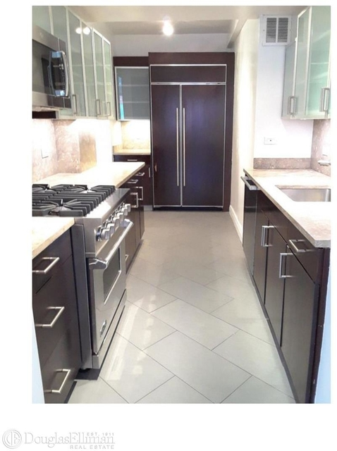 4 Bedrooms, Yorkville Rental in NYC for $12,558 - Photo 2