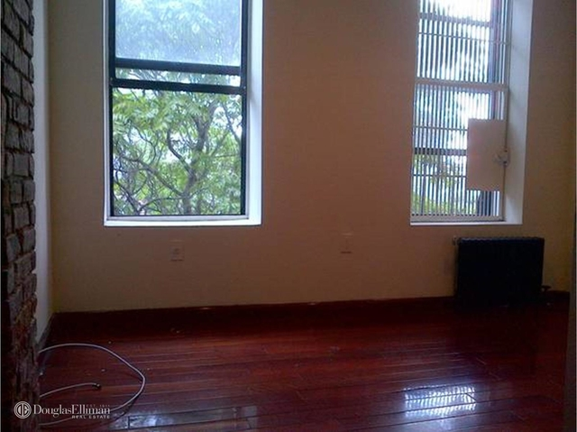 2 Bedrooms, Hell's Kitchen Rental in NYC for $2,525 - Photo 1
