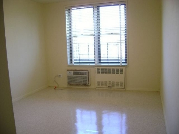 1 Bedroom, Sunnyside Rental in NYC for $2,067 - Photo 1