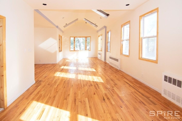 3 Bedrooms, Marine Park Rental in NYC for $2,950 - Photo 2
