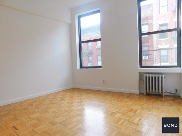 5 Bedrooms, Little Italy Rental in NYC for $5,995 - Photo 2