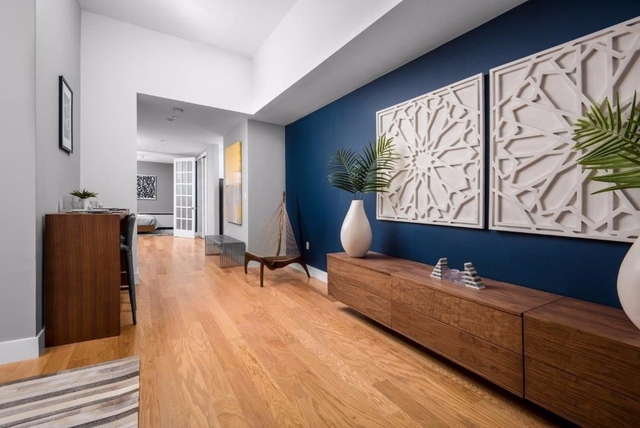 2 Bedrooms, Tribeca Rental in NYC for $7,654 - Photo 2