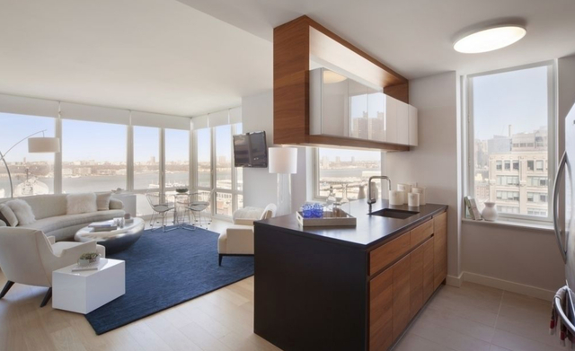 2 Bedrooms, Hell's Kitchen Rental in NYC for $7,080 - Photo 1