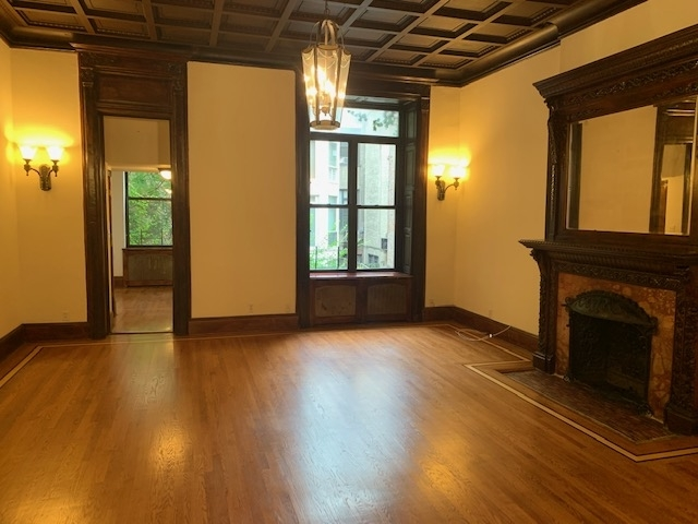 2 Bedrooms, Upper West Side Rental in NYC for $6,095 - Photo 2